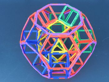 Intricate ball - Polydron Suisse
